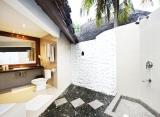 Adaaran Select Hudhuran Fushi - Kúpeľňa v plážovej vile