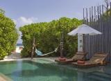 plážová vila s bazénom