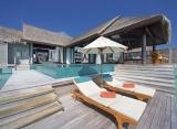 Vodná vila s bazénom