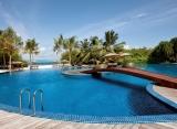 Hideaway beach resort Maledivy - bazén