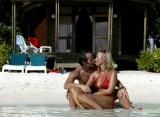 Komandoo Island Resort - Plážová vila