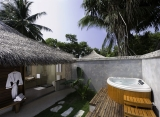 Kuramathi Island resort - Beach Villa with jacuzzi