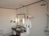 Meeru Island Resort - Kúpelna plážová vila