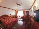 Sun Island resort - Izba ve vodném bungalovu