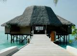 Thulhagiri Island resort - bar