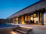 Velaa Private Island - Sunset deluxe vodná vila s bazénom