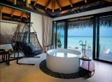 Velaa Private Island - Sunrise vodná vila s bazénom
