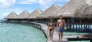 Adaaran Club Rannalhi Maledivy - vodné bungalovy