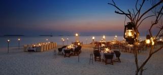 večera na pláži