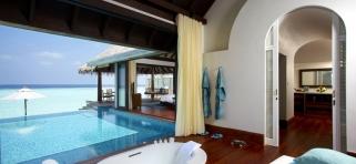 Vodná vila s bazénom Anantara Kihavah