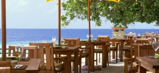 Angsana Ihuru - hlavná reštaurácia