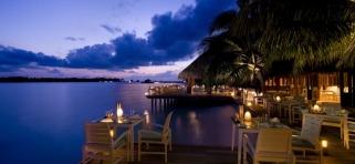 Reštaurácia Vilu - Conrad Rangali Maledivy