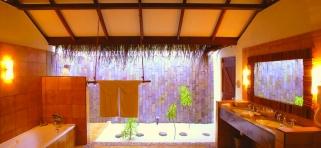 Kúpeľňa v deluxe plážovej vile