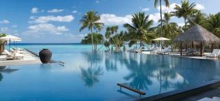 Four Seasons Landaa Giraavaru - bazén