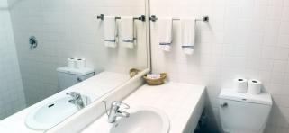 Standartná izba  kúpelňa