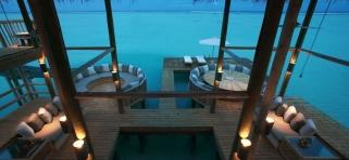 Gili Lankafushi - Crusoe rezidencia - spoločenská miestnosť