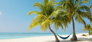 Pláž Kuredu Island Resort