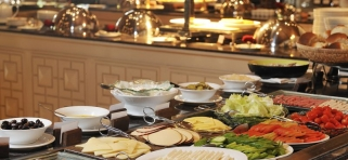 Hlavná reštaurácia Vihamana Kurumba Island Resort