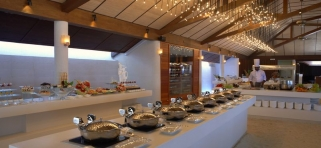 Lily Beach - reštaurácia Lily Maa