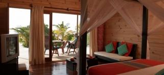 Interiér plážové vily Meeru Island Resort