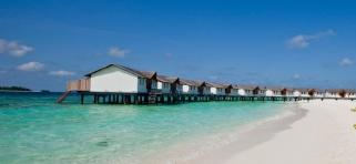 Vodné vily Reethi Beach Resort
