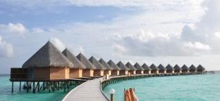 Thulhagiri Island resort - vodný bungalov