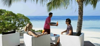 Vilamendhoo - Sunset bar