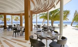 Centara Ras Fushi - dovolenka Maledivy