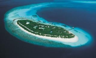 Reethi Beach Resort, Maledivy