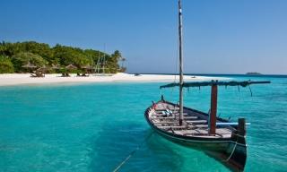 Zájazdy Maledivy - Reethi Beach Resort