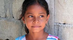 Dievčatko, Maledivy
